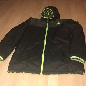 Youth XL reversible North Face green/black jacket
